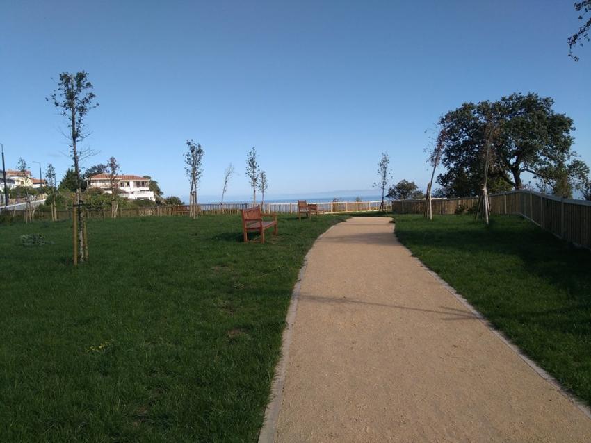 San Juan eta Santa Katalina arteko pasealekua. Argazkia: Lekeitioko Udala
