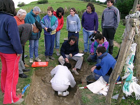 Zabale inguruan egindako exhumazioa