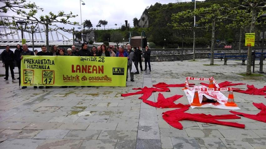 LABek Ondarroan egindako protesta