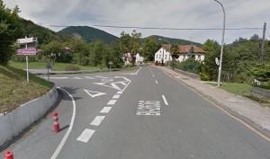 Markina-Xemeingo Iturreta auzora joateko bidegurutzea. Argazkia: Google Maps
