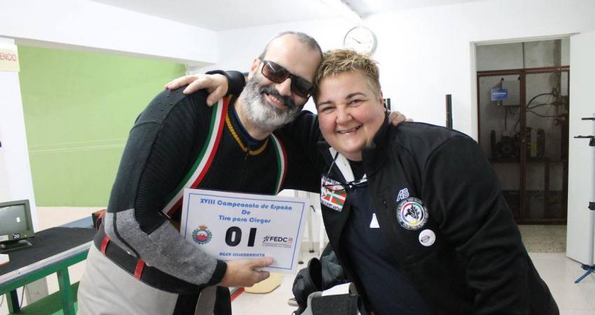 Ager Solabarrieta Maite Badiola, Espainiako txapelketan. Argazkia: Federacion Cantabra de Tiro Olimpico